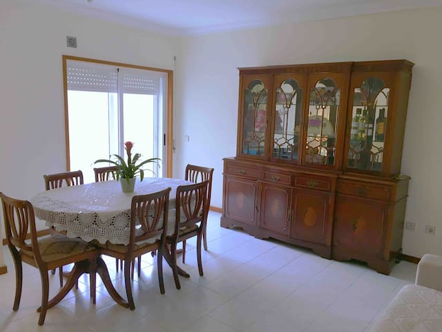 Private Room Quarto Privado - Porto  - Rio Tinto