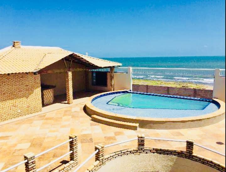 Casa de Praia Alto Padrão Qualidade no Acabamento