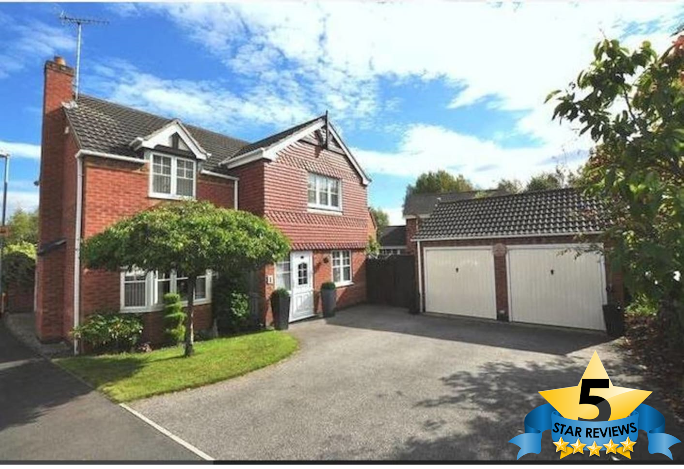 Executive 4 Bed detached home with enough parking for up to 4 cars.