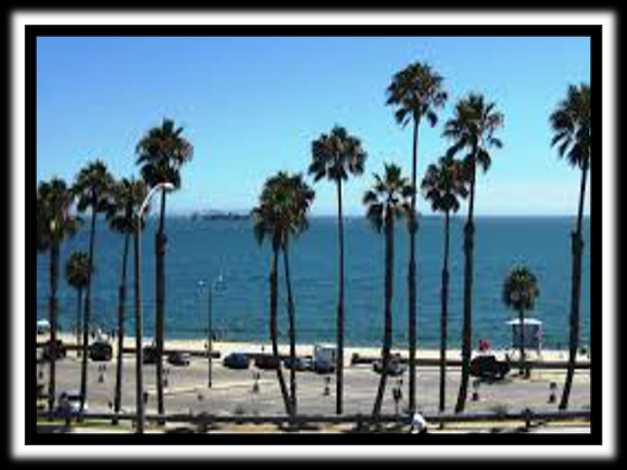 Long Beach - You are 1 block from the beach!
