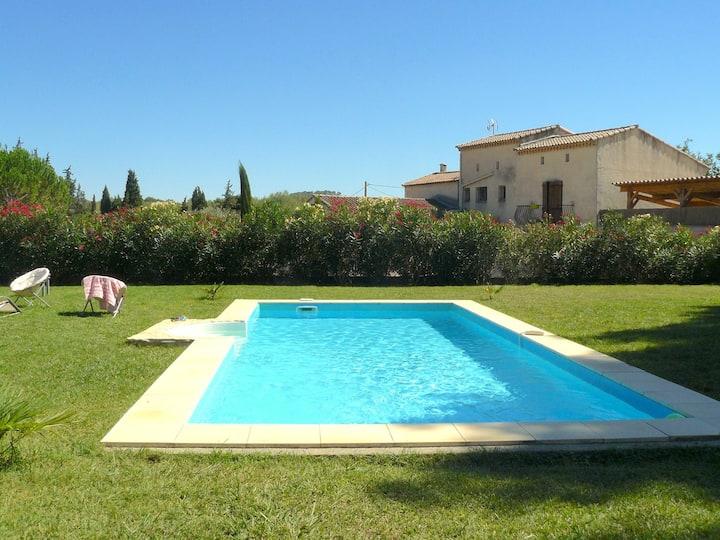 DOMAINE L'ESCAPADE maison de vacances 12p piscine