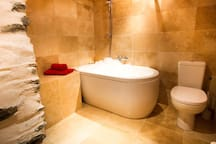 Sink into a huge bubble bath after a day on the slopes