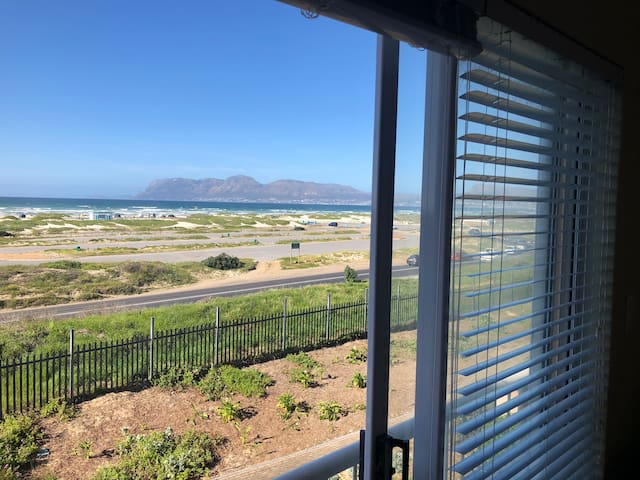 SEAVIEW Apartment - Muizenberg
