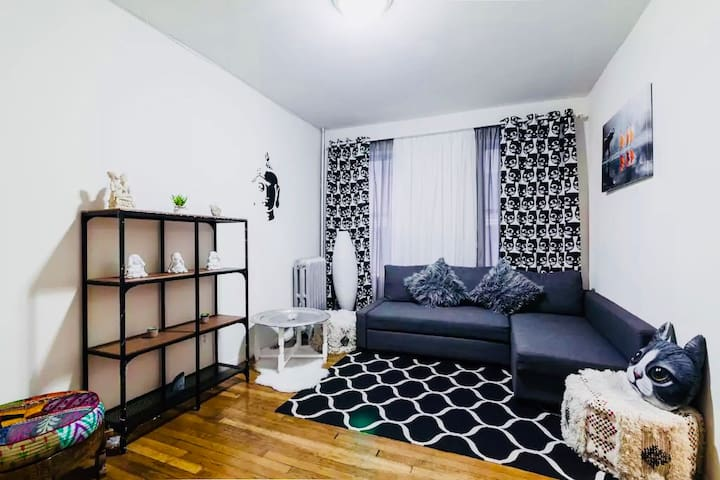 NEW FURNISHED APARTMENT ONE STOP FROM MANHATAN!