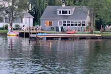 Waterfront Cabin on Saratoga lake( newly remodeled