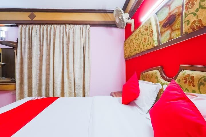 Shiv Shanti Grand-Classic Room