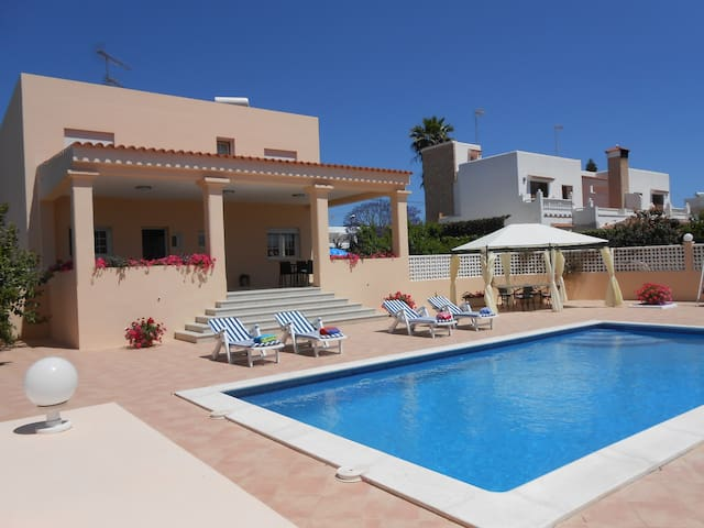 Private room in Ibiza with pool (2) - Sant Josep de sa Talaia - Vila