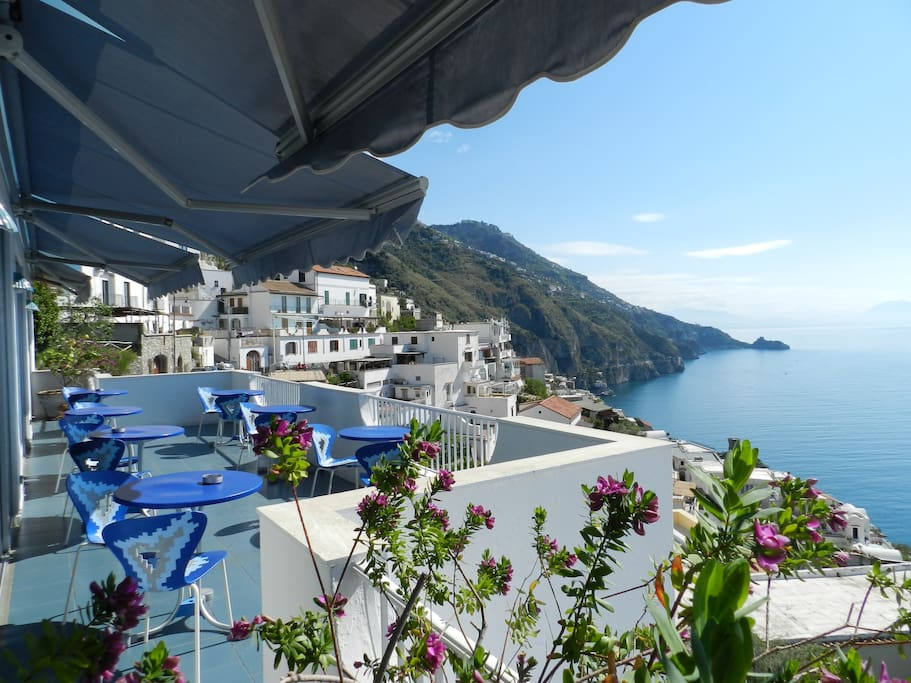 Standard room with sea view bed and breakfasts for rent for Bed and breakfast amalfi coast