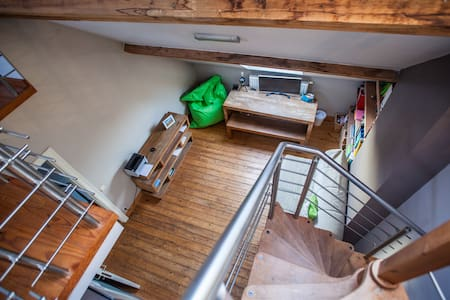 Private duplex in maison de maître