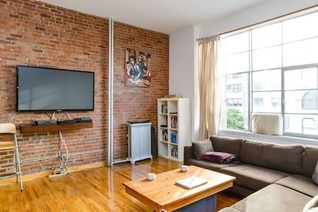Bright apartment at Union Square,NY