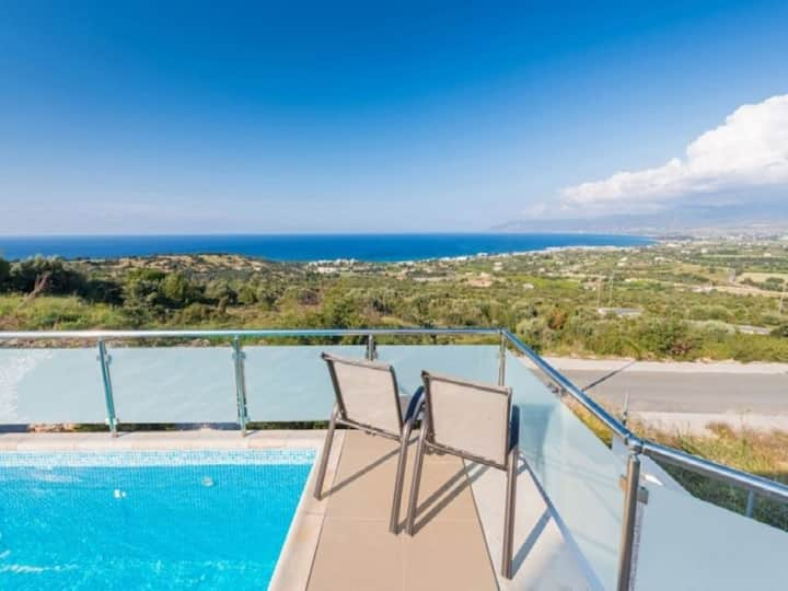Rent a Luxury Villa in Cyprus Close to the Beach, Paphos Villa 1264