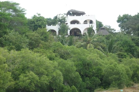 Room with great views in Eco Home - Mtwapa