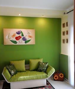 casa vacanza rondinelle - incredibile relax - Sciali di Lauro