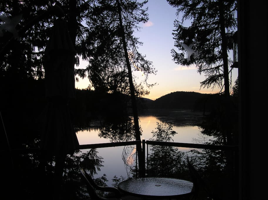 Sunset on the pristine Pend Oreille River.