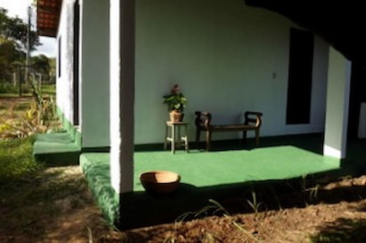 Rural house just outside the city - Brasília - Casa