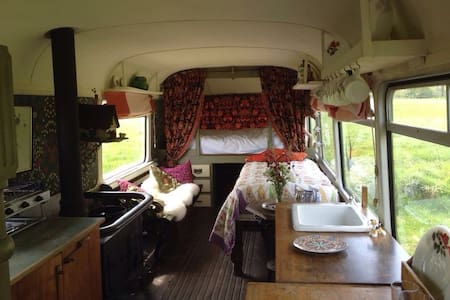 Vintage Bus 5 Bed nr Weymouth coast - Owermoigne