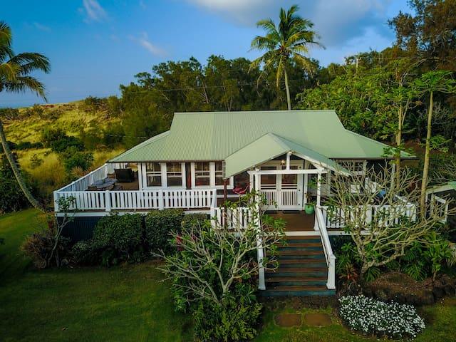 Classic Plantation Home in Hawi, BIG Ocean views