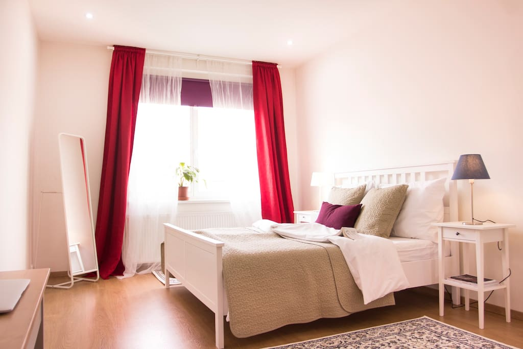 The master bedroom as well as the whole apartment aims at providing the best comfort.