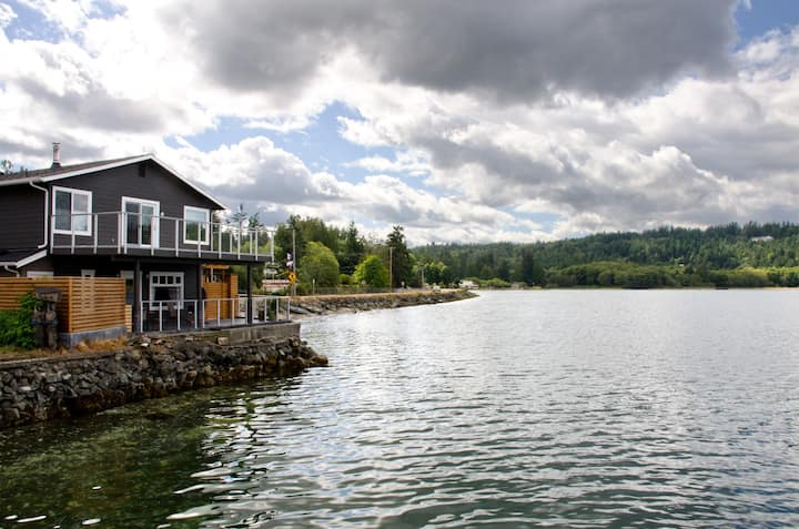 Water's Edge Studio in Seabeck