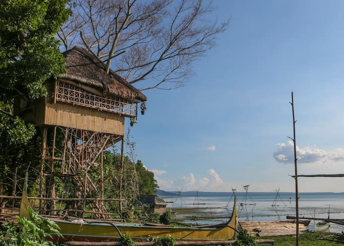 Treehouse by Taal Lake (Kapusod) - Mataasnakahoy, Batangas - House