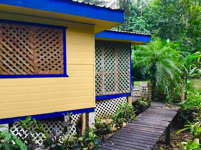★ The Cabin In The Wata ★ Playa Cocles, Costa Rica
