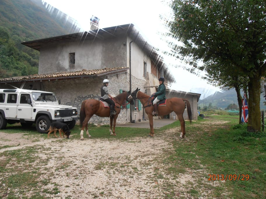 Gargnano costa mountain house 600m case in affitto a for Piani di casa di fattoria di cavalli
