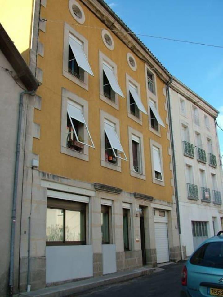 Maison avec appartement en rez de chaussée