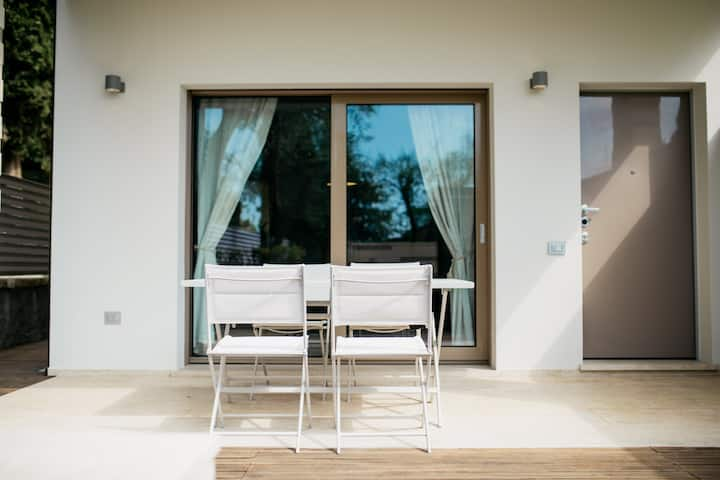 Casa moderna nel cuore di Gardone Riviera
