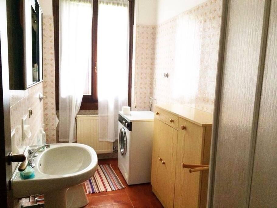 Casa montagna val seriana castione appartamenti in - Bagno italia giuliana ...