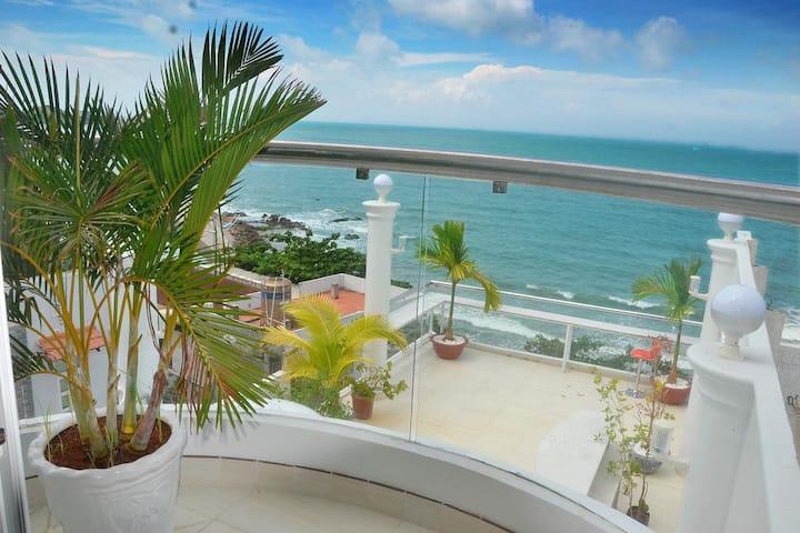 Coco deluxe  sea view