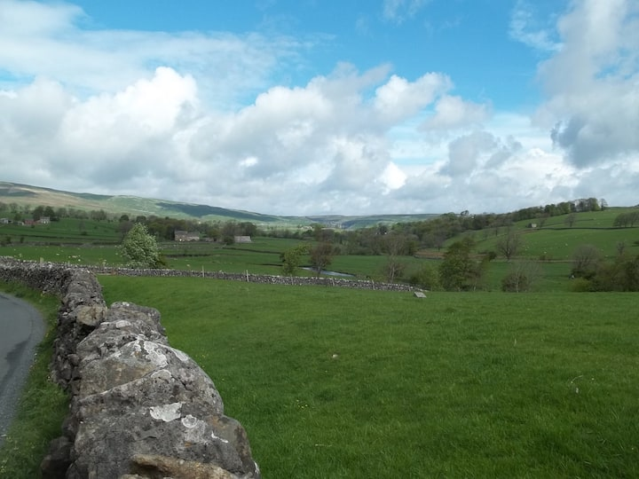 Beautiful location in Malhamdale village.