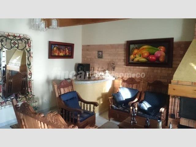 Cómoda casa, amplia, cerca a Bogotá, aeropuerto. - Tenjo - Huis