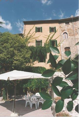 Casa Vacanze la Torre del Cerreto  - Cerreto di Spoleto - House