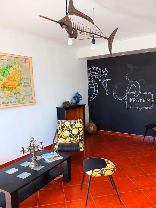 """Salon / """"Kraken"""" living room"""