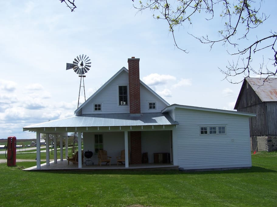 Leelanau County Modern Farm Cottage - Houses for Rent in ... - photo#2