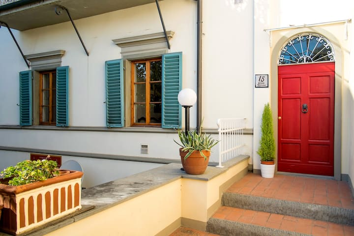 Apartment Elide Center Fiesole - Fiesole - Leilighet