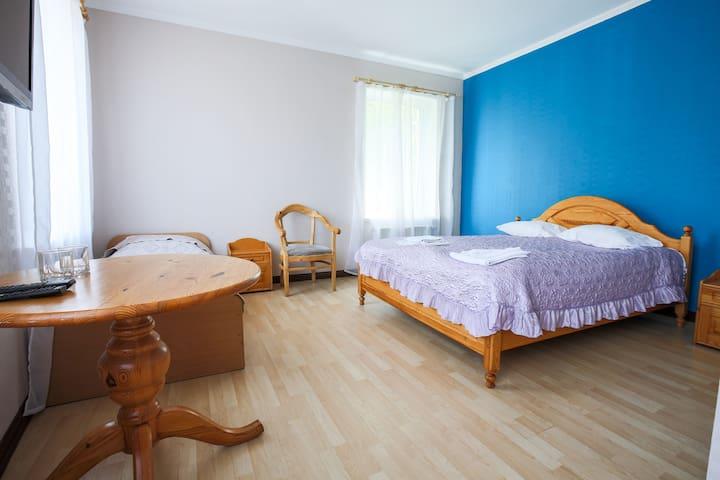 3 Person Room in city centre - Riga - Bed & Breakfast