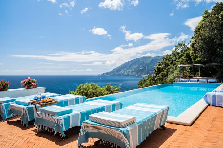 Amalfi Coast Villa La  Calcara. Views, heated pool