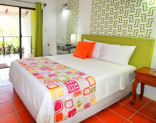 Flexible Stay Modern Studios #2 - Quepos - Apartment