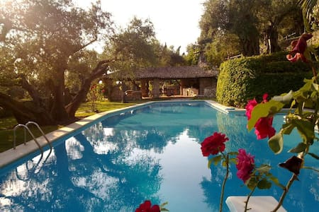 Villa in the heart of pure Nature - Palombara Sabina