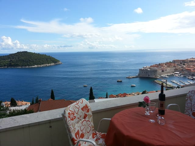 Amazing Dubrovnik & Sea View Room  - Dubrovnik - Dům