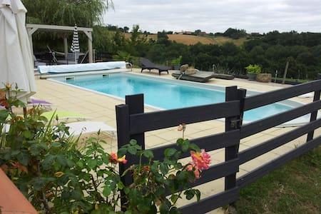 Gîte pour 8 pers avec piscine, spa, salle de sport - Beaumarchés - Dom