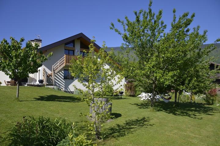 Annecy/St Jorioz -4ppl & garden, free car park