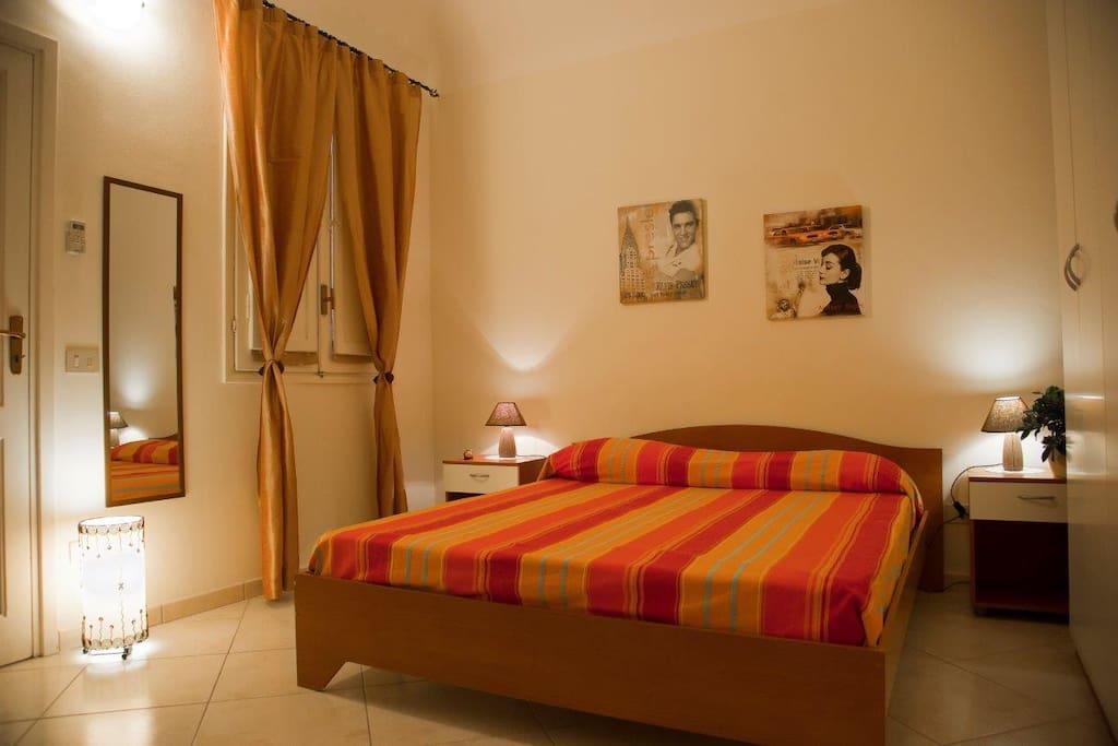 Casa arena appartamentino a trapani appartamenti in for Appartamenti arredati in affitto a trapani