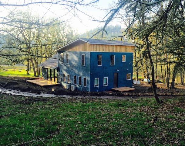 Oakdale Ranch