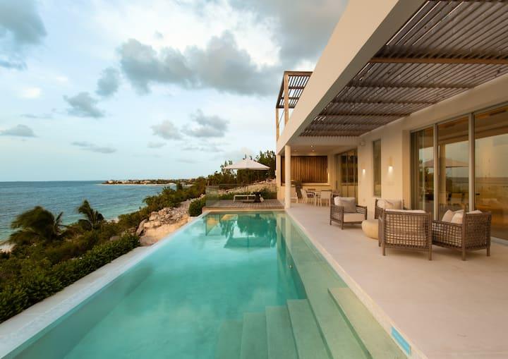 Luxury Villa Vacation Rentals Luxury Retreats Airbnb Luxe