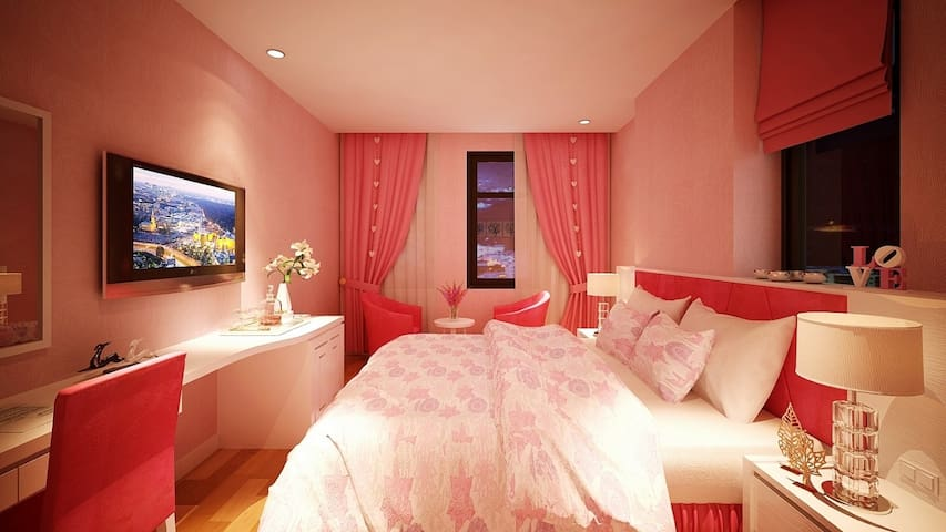 Honey Moon Room With Pink Colour Style Sea View