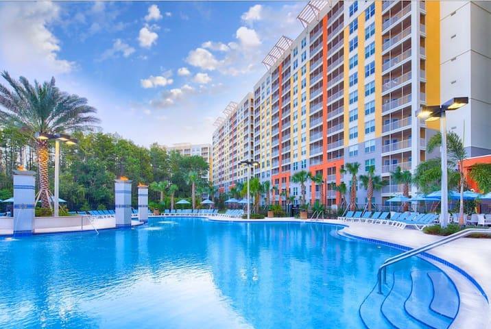 Gorgeous 1 bdrm Apt Resort, mins from Parks VV1