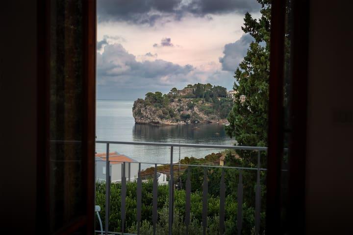 Villa Reggio SeaView Taormina parking 2 bedrooms