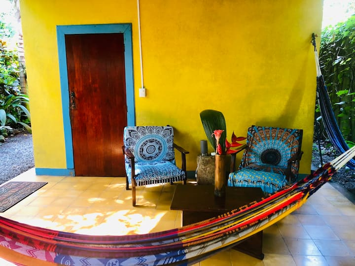 Casa Mango: Cozy Rainforest/Beach Home 5* Service